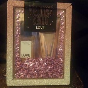 Victoria Secret  Love gift set